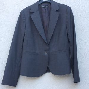 Lafayette 148 size 8 gray blazer wool elastane